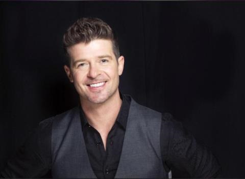 News video: Robin Thicke Has Teamed Up With 1-800-Flowers To Bring The World The Get Her Back Bouquet!